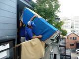 難易度の高い引越し作業:アクロバティックな搬出